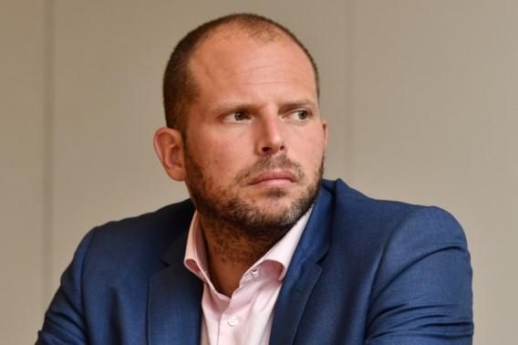 Francken: 'We hebben 32 veroordeelden laten gaan'