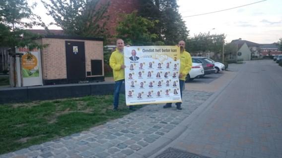 Gemeenteraadsverkiezingen: nauwelijks borden in de Melhoek... N-VA speelt voor levend bord