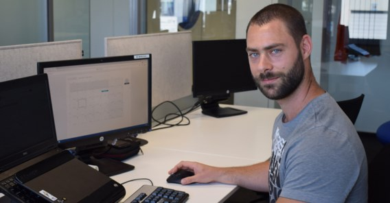 Havenarbeider schoolt zich om tot programmeur