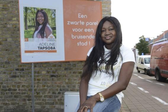"""CD&V-kandidate Adeline dient klacht in wegens racisme: """"Ik durf in mijn eentje geen huisbezoeken meer af te leggen"""""""