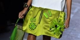 Neon en nylon stelen de show bij Prada