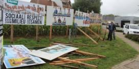 Weer verkiezingsborden tegen de vlakte