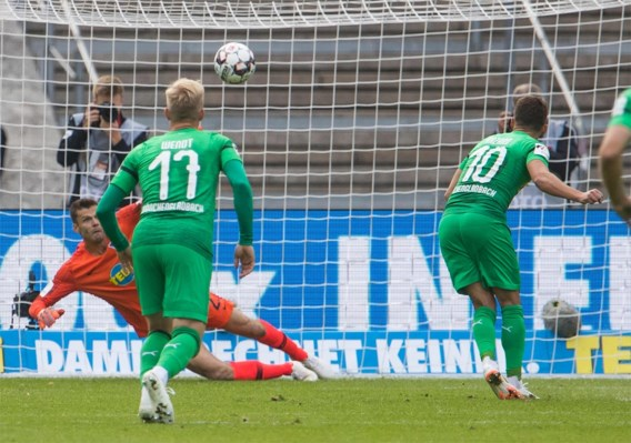 Eerste competitiegoal Thorgan Hazard levert Mönchengladbach niets op