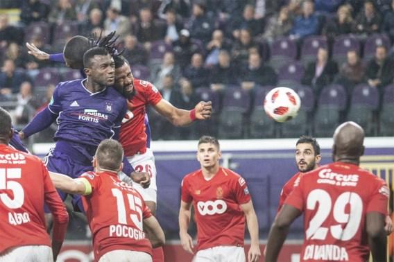 Sanneh bezorgt Anderlecht in extremis zege tegen Standard