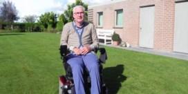"""Marc (63) belandde in rolstoel, maar trekt toch opnieuw naar de kiezer: """"Ik had niet verwacht dat ze me nog zouden vragen"""""""