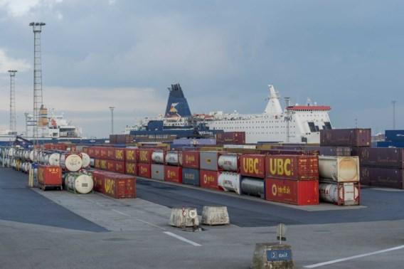 Meer dan zestig transmigranten opgepakt op weg naar Zeebrugge