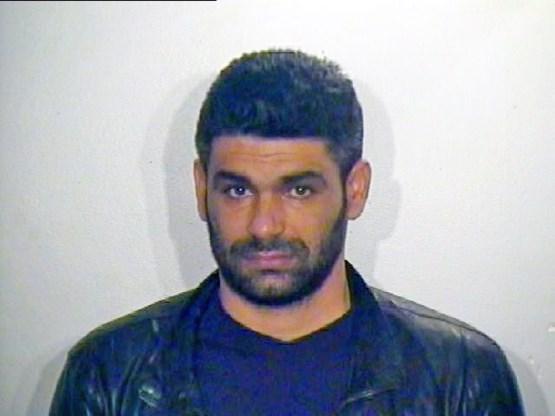 Uitgewezen crimineel Rustemi zit straf uit in Albanië