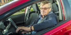 Bent u 70 jaar? 'Sorry, dan krijgt u geen autoverzekering'