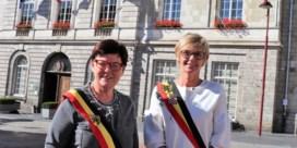 """Twee vrouwelijke burgemeesters over werken in een mannenwereld: """"We hebben ons nog nooit slachtoffer gevoeld van seksisme of erger"""""""