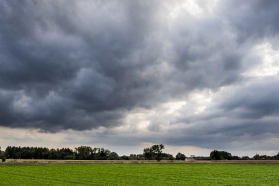 Wolken verstoren zomers intermezzo
