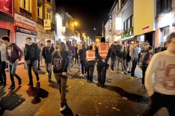 Studenten kunnen pakje friet krijgen als ze niet wildplassen in Gent