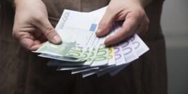 'Gemeenten dreigen pensioenen van hun ambtenaren niet langer te kunnen betalen'