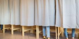 Verdacht wit poeder in Gents stembureau, voorzitter aangevallen in Denderleeuw en bijzitter daagt op als clown