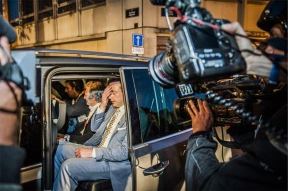 Zo schudde Bart De Wever de tv-zenders van zich af