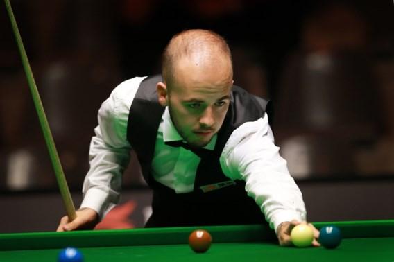 Luca Brecel maatje te klein voor Ali Carter tijdens English Open snooker
