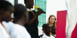 Dekte voorbeeldige Liberiaanse meisjesschool misbruik toe?
