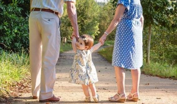 'Geef grootouders verlof om op zieke kleinkinderen te passen'