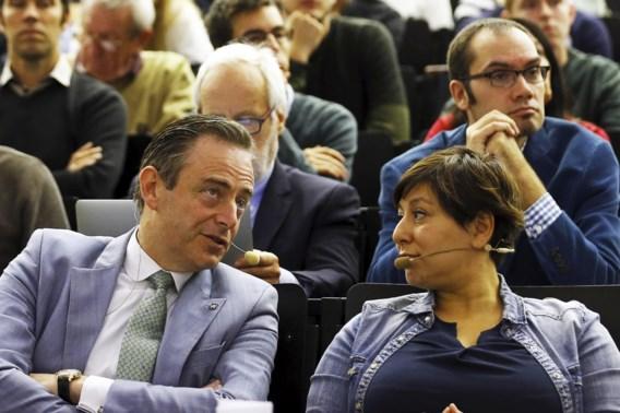 Almaci: 'Willen De Wever voordeel van de twijfel geven'