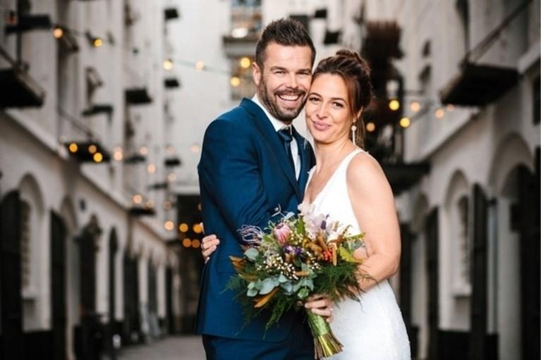 Drie deelneemsters uit 'Blind Getrouwd' veilen trouwjurken