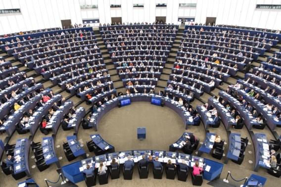 Europees Parlement kiest massaal voor verbod op wegwerpplastic