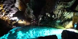 Wondermooie grot ontdekt: 'Een van de grootste ter wereld'