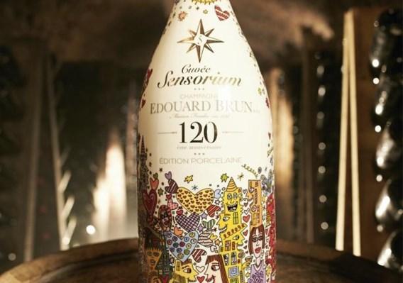 Net op tijd voor de feestdagen: deze fles champagne kost 8.000 euro
