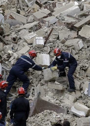 Huizen in centrum Marseille ingestort: al vier lichamen geborgen