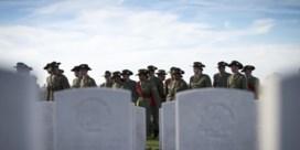 Drie soldaten uit Eerste Wereldoorlog herbegraven in Zonnebeke