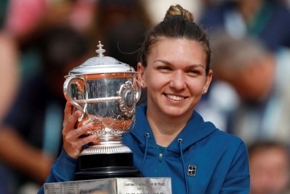 Simona Halep sluit tennisseizoen opnieuw af als nummer 1, Elise Mertens zakt terwijl Van Uytvanck stijgt