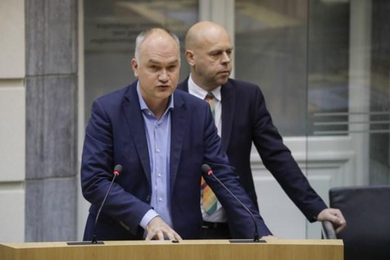 Rzoska veegt zwijgende Open VLD de mantel uit in Vlaams halfrond