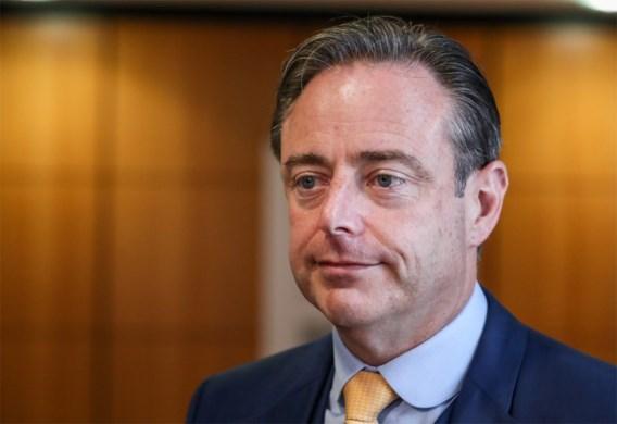 Bart De Wever vindt coalitie met PVDA in Zelzate ongehoord: 'Voor ons zijn er nu geen beperkingen meer'