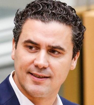 'PVDA en Vlaams Belang niet over dezelfde kam scheren'