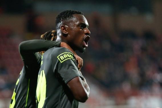 Standard wint in Kortrijk en pakt eerste zege in vijf wedstrijden