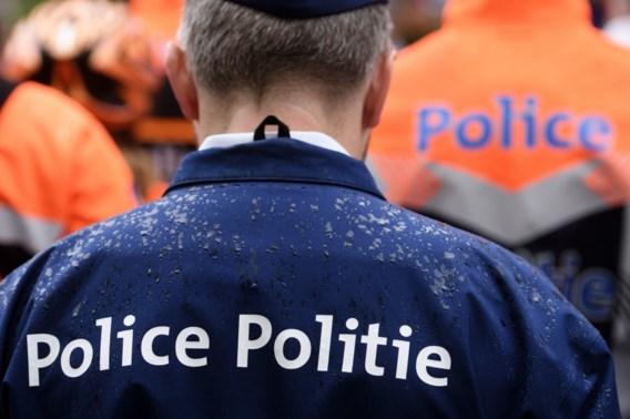 Politie wil samenzitten met Jan Jambon