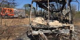 Minstens 42 doden bij brand op bus in Zimbabwe