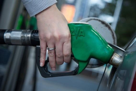 Benzine goedkoper vanaf dinsdag