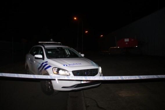 Zwaargewonde man met mes in rug is Portugese vrachtwagenchauffeur