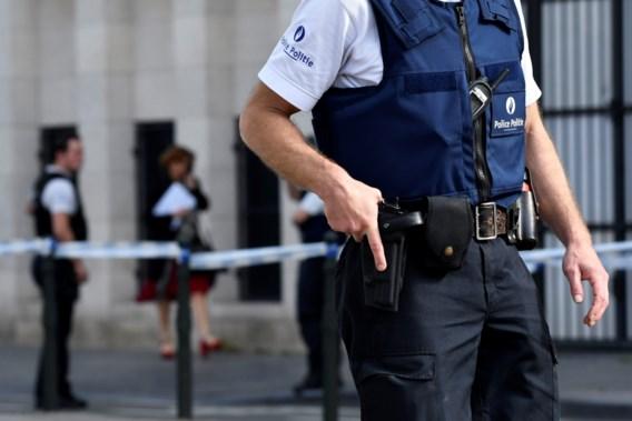 Aanval agenten heeft mogelijk terroristische context