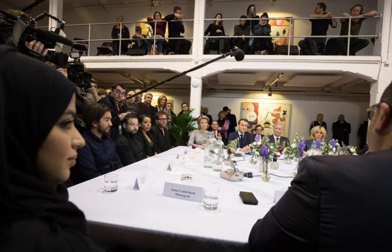 Actievoerders verstoren debat met Macron en Michel