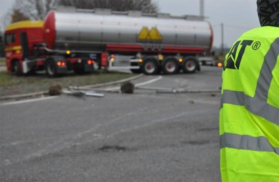 'Gele hesjes' blokkeren E19 in Henegouwen