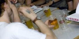 CM vraagt volledig alcoholverbod voor minderjarigen na trieste recordcijfers