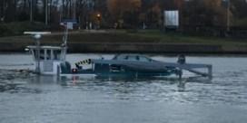 Gezonken schip op Albertkanaal veroorzaakt verontreinigd kanaalwater