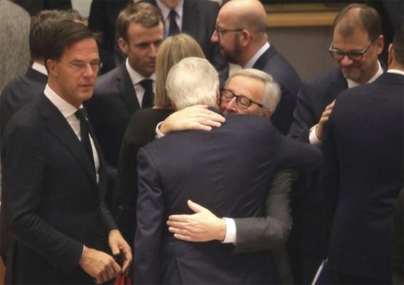 EU-leiders en Theresa May keuren Brexit-akkoord goed
