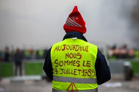 Franse gele hesjes stellen woordvoerders aan om eisen aan regering over te dragen