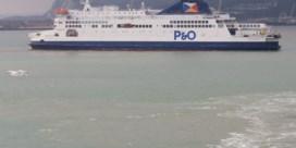 Drie migranten gered in zee bij Calais
