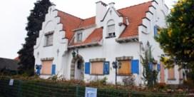 Al meer dan dertig jongeren opgepakt die op schattenjacht gingen naar leegstaande villa