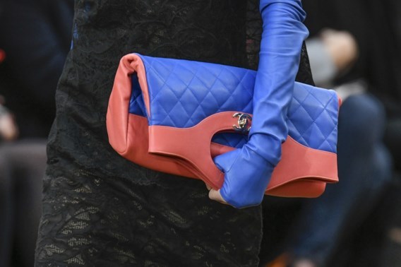 Chanel laat geen krokodil meer aan je arm bengelen