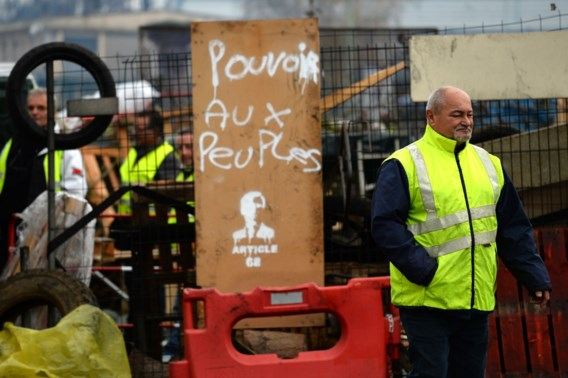 Macron wil accijnsverhoging uitstellen tot 2020