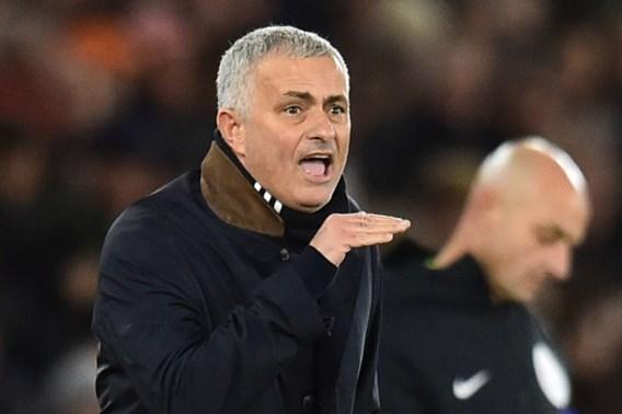 """Makelaar mengt zich in geruchten over José Mourinho: """"Hij is heel gelukkig bij Manchester United"""""""