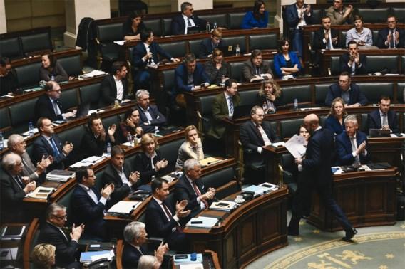 Motie over regeerverklaring Michel II goedgekeurd met steun van N-VA, premier weigert meteen